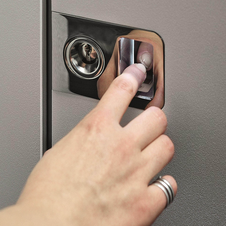 Haustür mit Fingerprint Sensor
